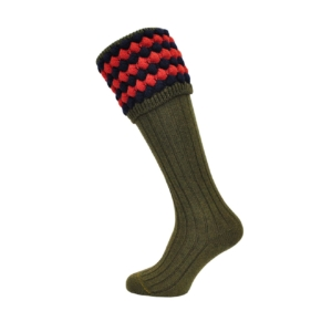 angus-green-red-navy