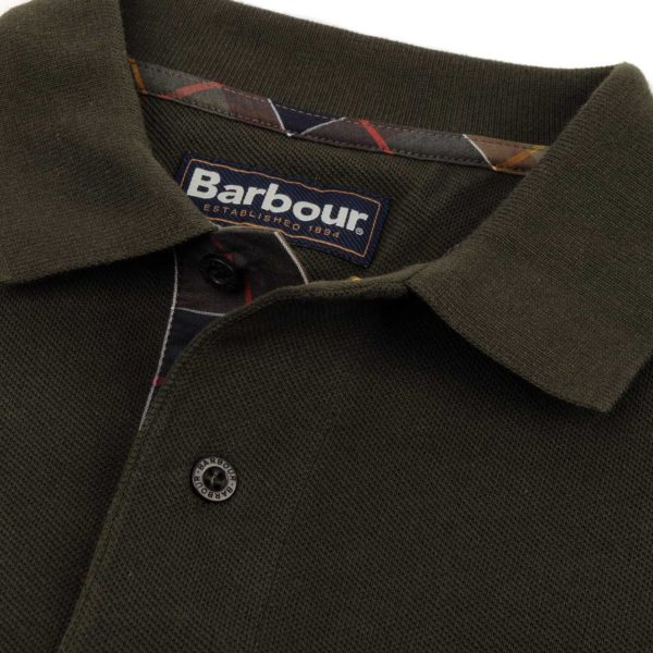 Barbour Long Sleeve Sports Polo Forest - Close up Collar - The Sporting Lodge