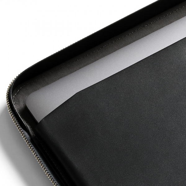 Bellroy Tech Folio Black