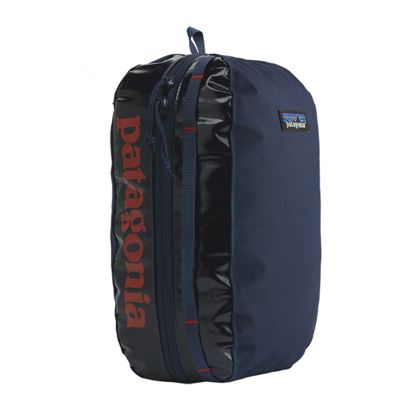 Patagonia Black Hole Cube Medium Classic Navy