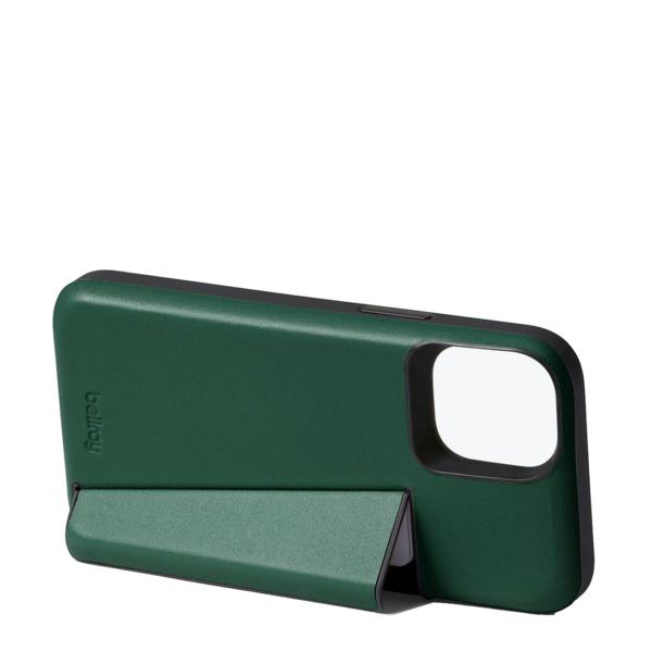 Bellroy 3 Card iPhone Case 12 / 12 Pro Racing Green