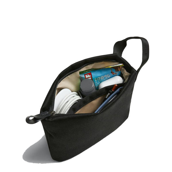 Bellroy Standing Pouch Melbourne Black