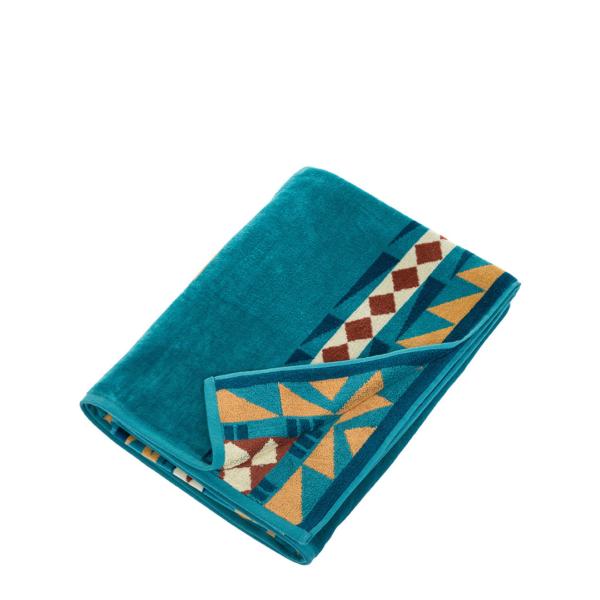 Pendleton Oversized Jacquard Towel Eagles Gift